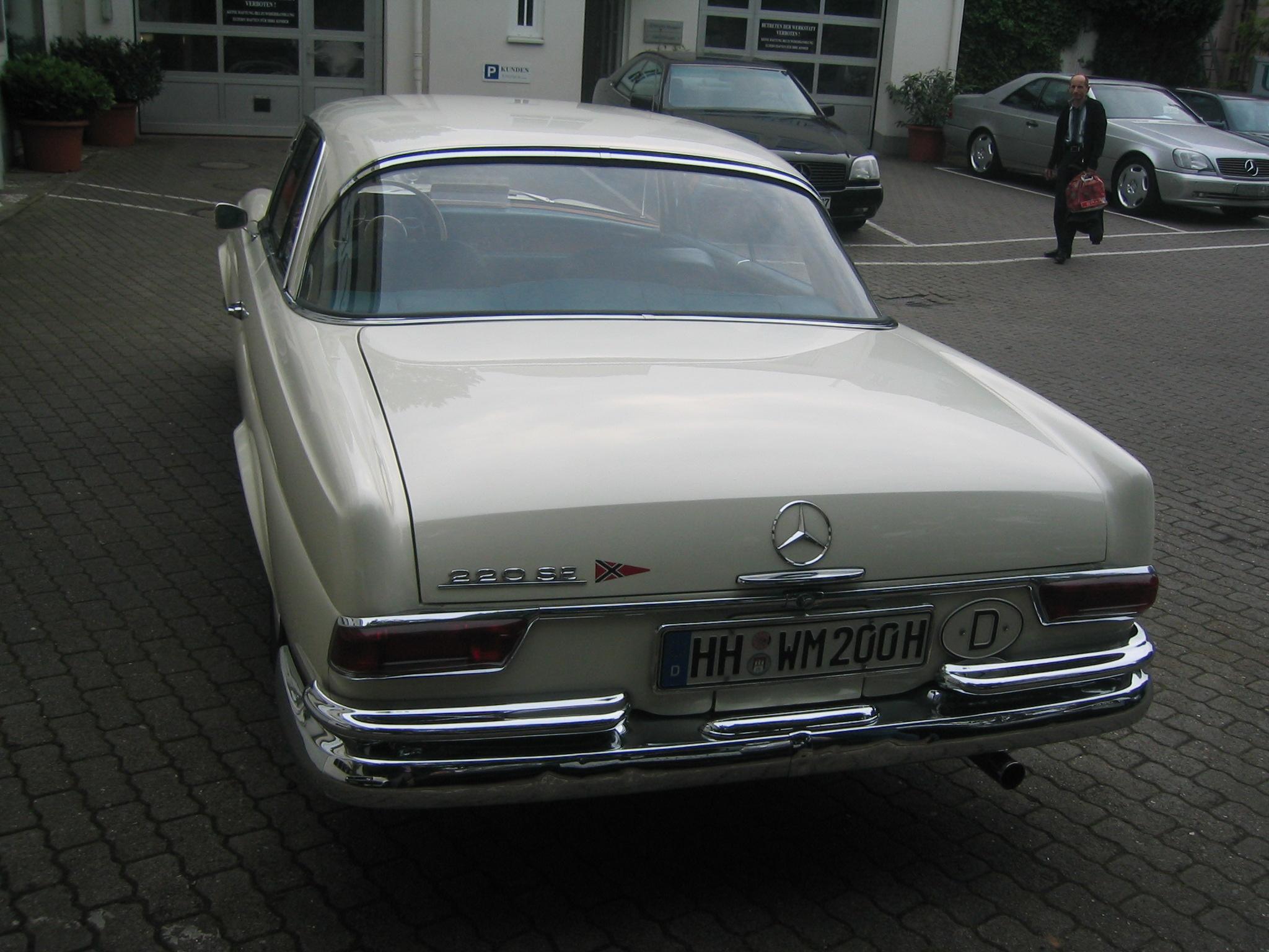 Mercedes-Benz 220SE, 1964