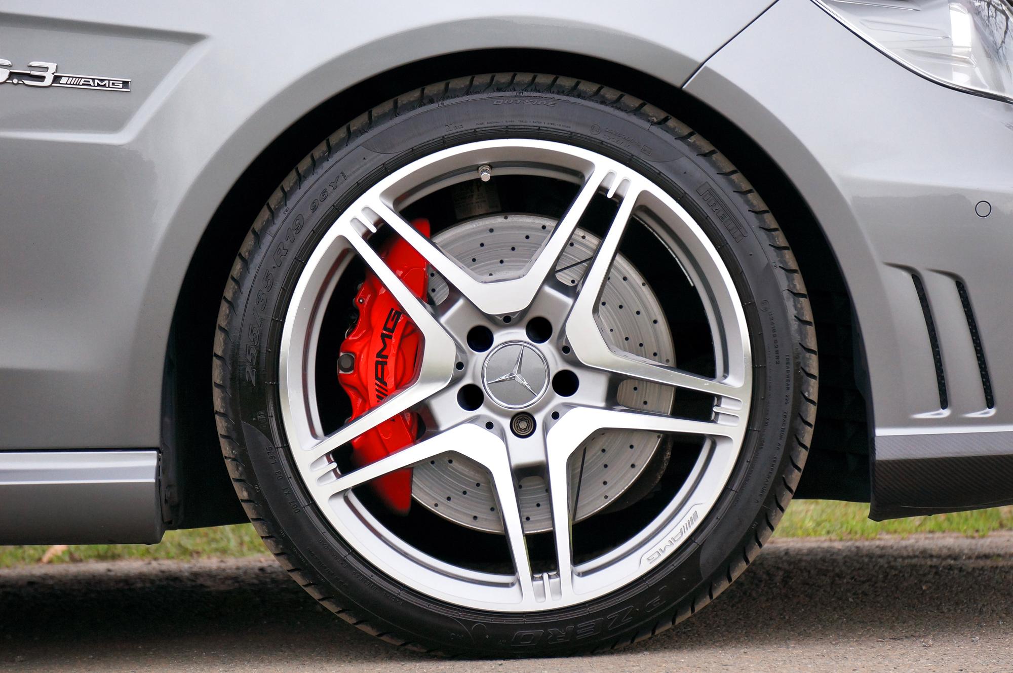 Mercedes-Benz-E63-AMG